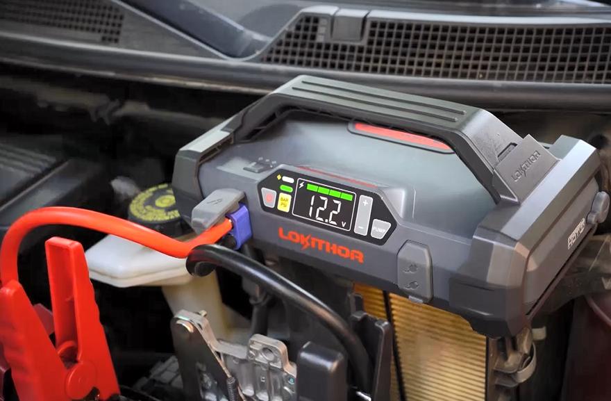 启动电源给汽车启动功能测试
