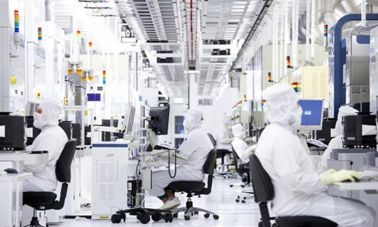 格瑞普异形电池生产车间